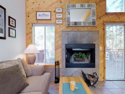 Photo for Family-friendly cabin w/ peaceful location, walk to shops and eateries in town!