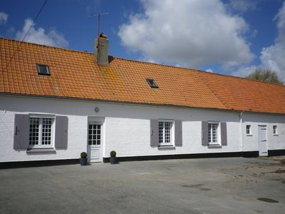 Photo for Pretty charming farmhouse in the countryside - Peaceful holidays guaranteed.
