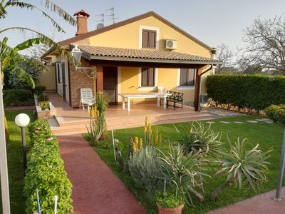 Photo for Villa Mimmo, surrounded by greenery a few steps from the beach