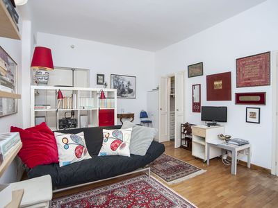 Photo for Lovely apartment, with balcony, near Vatican City
