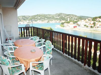 Photo for Two bedroom apartment with terrace and sea view Tisno (Murter) (A-5128-a)