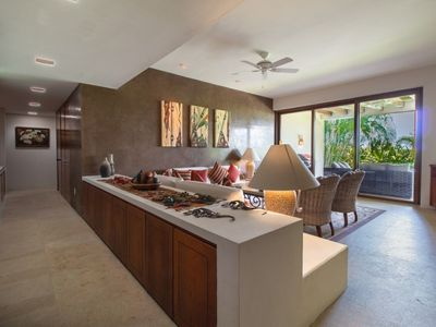 Photo for 3 BDRM Luxury Ground Floor Condo - Cook Included.