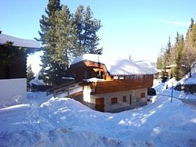 Photo for Fantastic location, self catered chalet Sleeping 8, 4 bedrooms 3 bathrooms