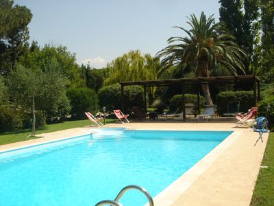 Photo for Villa with pool, surrounded by greenery at 1 km from the sea of Capalbio