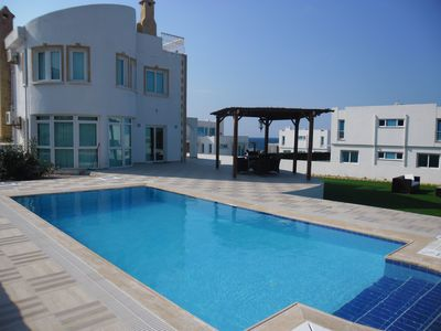 Photo for Beautifully fitted Villa with Private Pool 100m from Sea.