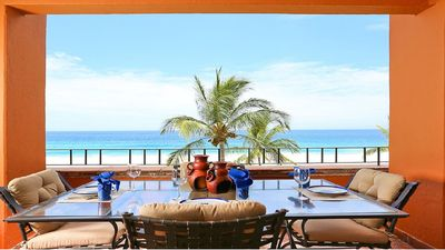 Oceanfront Alfresco dining for 6 on your own private balcony