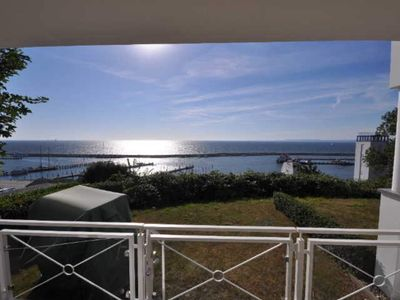 """Photo for Holiday flat 2 rooms with terrace - Sassnitz - Sea view villa """"Prinz Heinrich"""" - App. 4 - RZV"""
