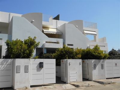 Photo for House 50 meters from the beach of Baia Verde