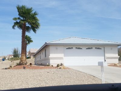 Photo for Newly Refurbished with LAKE VIEWS!! 41 Ft  Deep Garage!!!