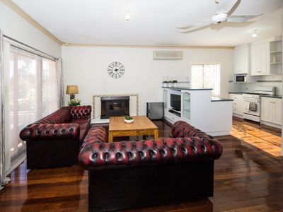 Photo for Cosy Lodge Belmont - comfort at value price