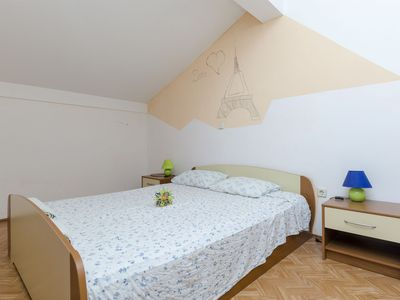 Photo for Apartment Josip (24711-A1) - Privlaka (Zadar)