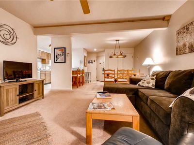 Photo for Great Mountain Condo w/Onsite Pool, Hot Tubs & Tennis Court!