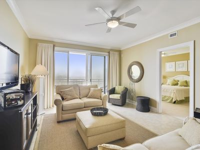 Photo for Gateway Grand 702