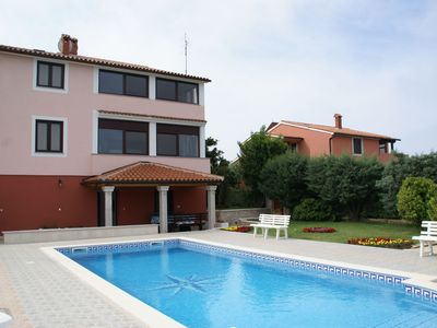 Photo for Charming Apartment in Banjole near Sea