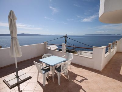 Photo for Studio flat with terrace and sea view Drašnice (Makarska)