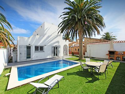 Photo for Vacation home Alberes in Empuriabrava - 6 persons, 2 bedrooms
