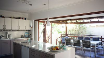 Photo for The Fremantle House - Eco Retreat Full aircon & heat Free Netflix WiFi, parking