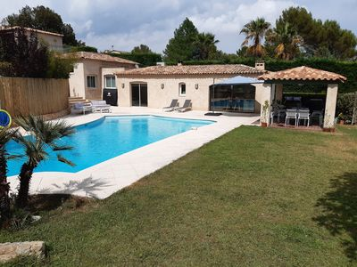 Photo for Villa of 110m² with Garden and Pool in quiet subdivision