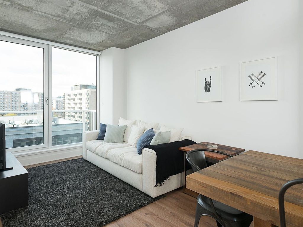 Delightful 1BR in Downtown MTL