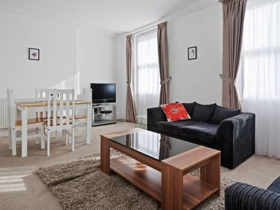 Photo for Spacious 3Bed in Little Venice 4Mins to Tube