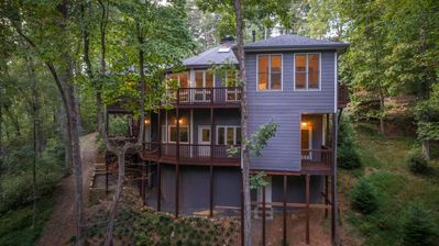 Photo for Luxury home on Blue Creek with outdoor hot tub.