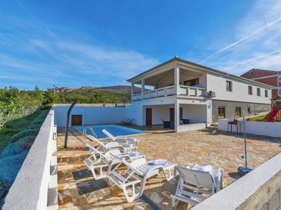 Photo for Villa, Rovanjska bei Starigrad-Paklenica  in Norddalmatien - 10 persons, 4 bedrooms