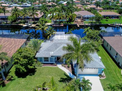 Photo for Family Vacation Home directly on the water