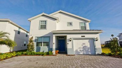 Photo for Vacation Home 5 Bedrooms Storey Lake, Orlando.