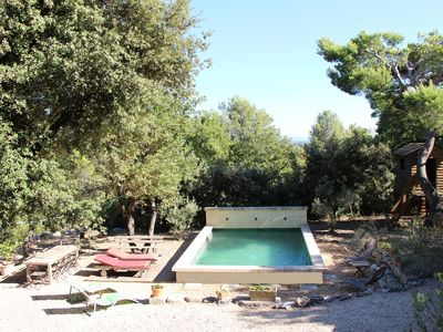 Photo for Villa + absolutely quiet pool Chateauneuf de Gadagne Vaucluse