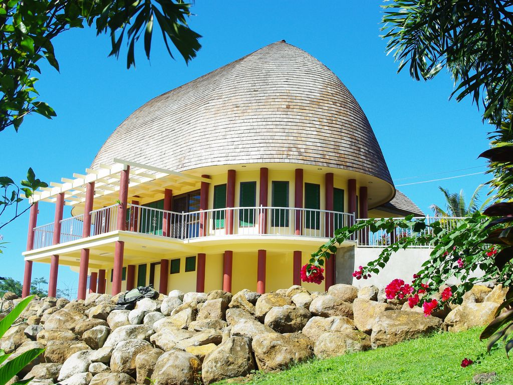Spectacular Traditional Fale Hidden In The Homeaway