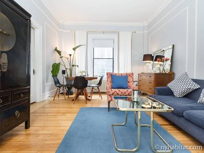 Photo for Gorgeous 'Classic NY' Apartment - 1 Block from Union Square.