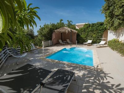 Photo for 4 bedroom Villa, sleeps 8 in Marina di Ragusa with Air Con and WiFi