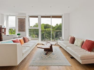 Photo for Stunning 1Bed Canal-side Flat w/Balcony