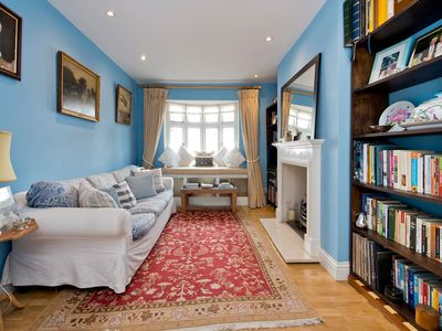 Photo for Charming Chelsea 3-bed with Gorgeous Roof Garden