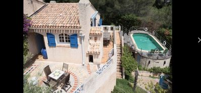 Photo for Large Provencal villa with swimming pool