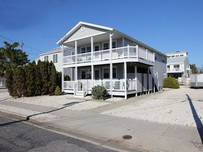 Photo for Avalon South End (65th St) - 1.5 Blocks From Beach!  NO students / pets