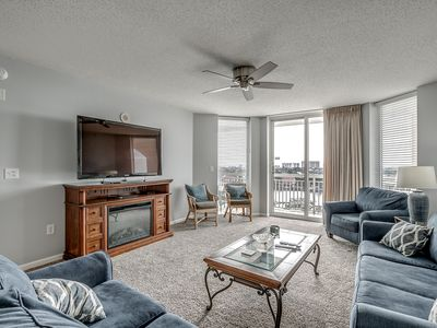Photo for Spacious condo in Barefoot Golf Resort + FREE DAILY ACTIVITIES!