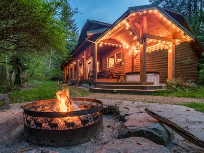 Photo for Betsy's Cabins at Mt Rainier-Luxury Hot Tub/sauna Cabin sleeps 10!