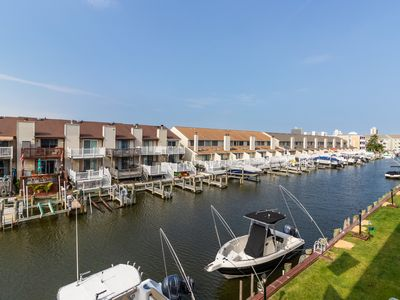 Photo for Colorful condo with free WiFi - quick drive to Jolly Roger!
