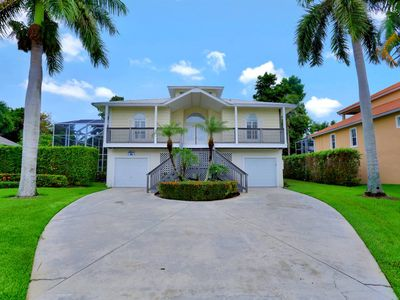 Photo for 3 Bedroom, 2 bath home near Tigertail Beach in Marco Island