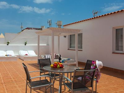 Photo for Fantastic apartment in the heart of Corralejo, WIFI, satellite TV