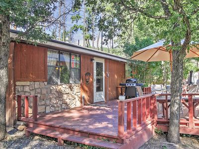 Photo for Relaxing Pet-Friendly Ruidoso Cabin w/ Hot Tub!