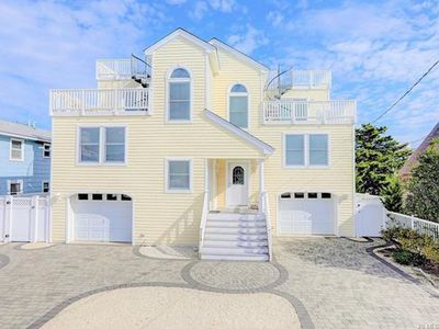 Photo for Ocean Side in Beach Haven - Six Houses from the Beach!