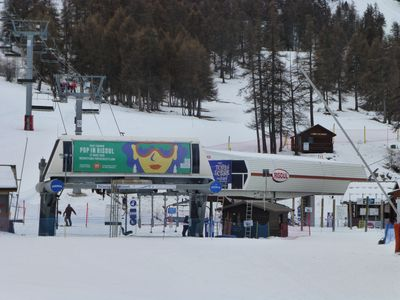 Photo for Apartment of 47 m2 south located on the snow front, direct access to the slopes