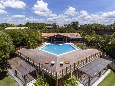 Photo for Bah032 - Beautiful sea front villa with pool in Trancoso