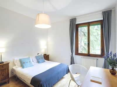 Photo for Large and bright 3 bed flat near Cascine Park