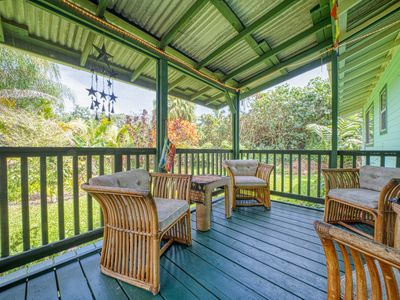 Photo for Colorful getaway w/ a screened lanai & full kitchen - blocks from the ocean