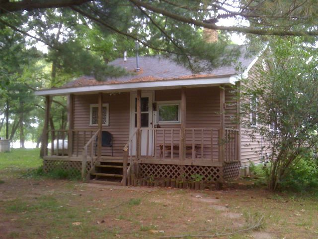 Wisconsin dells waterfront cabin homeaway for Cabins in wisconsin dells for rent