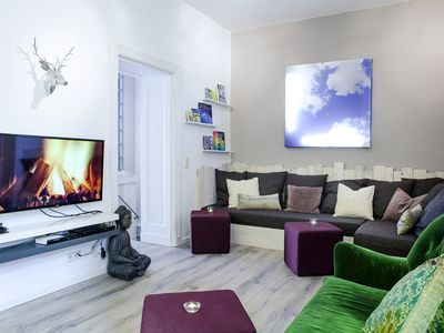 Photo for Stunning apartment for up to 10 people. in the heart of Prenzlauer Berg