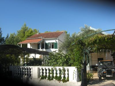 Photo for Apartment Bilice, 100m from the sea, ideal for small children and boat owners